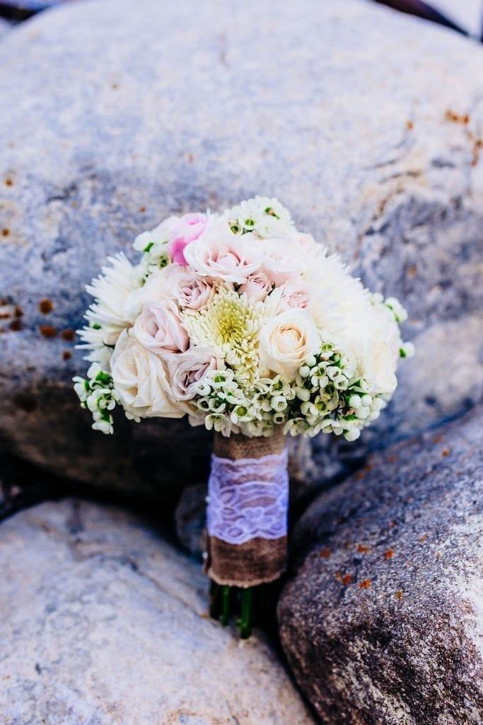 Stunning bridal bouquet photo