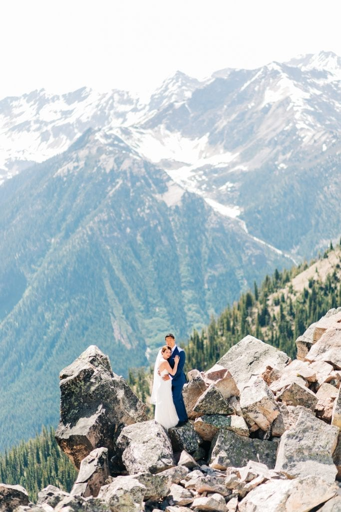 ultimate guide to planning adventure elopement at Banff National Park